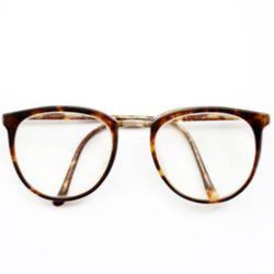 Brýle a kontaktní čočky