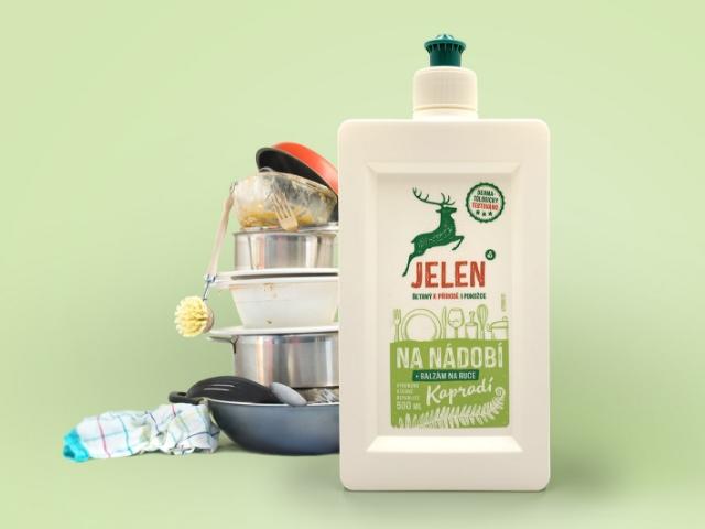 Umyjte nádobí ekologicky s přípravkem JELEN na nádobí