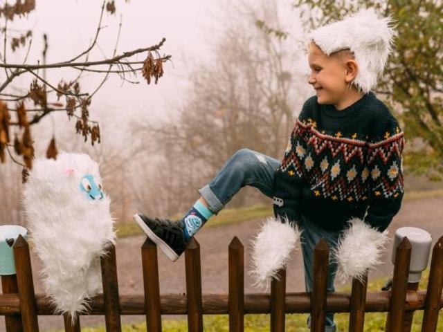 Dedoles se zimy nebojí! Veselé dětské spodní prádlo a punčošky jsou tím pravým parťákem pro zimní radovánky.